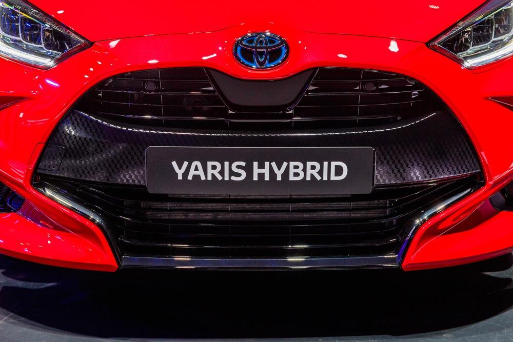 nieuwe-Yaris-voorkant-grill